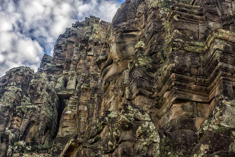 Angkor Thom - Bayon tempel royaltyfri bild