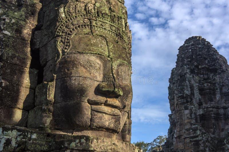 Angkor Thom - Bayon tempel royaltyfri fotografi