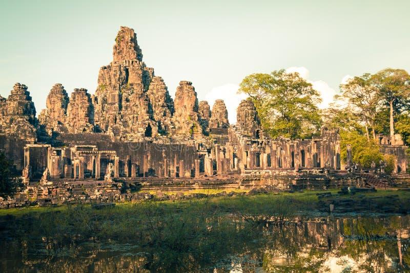 Angkor Thom Cambodja Bayon en khmertempel på den Angkor Wat historicaen royaltyfri fotografi