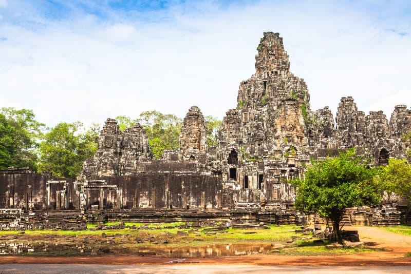 Angkor Thom Kambodja Bayon Khmer tempel op historica van Angkor Wat stock foto's