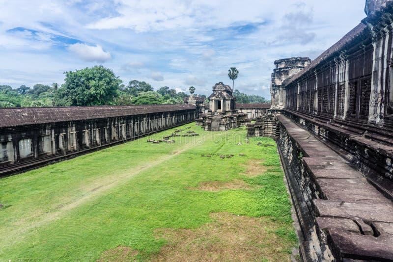 Angkor Thom nära Angkor Wa royaltyfria bilder