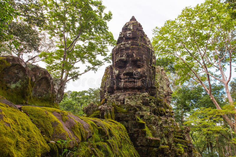 Angkor Thom North Gate, Angkor royaltyfri bild