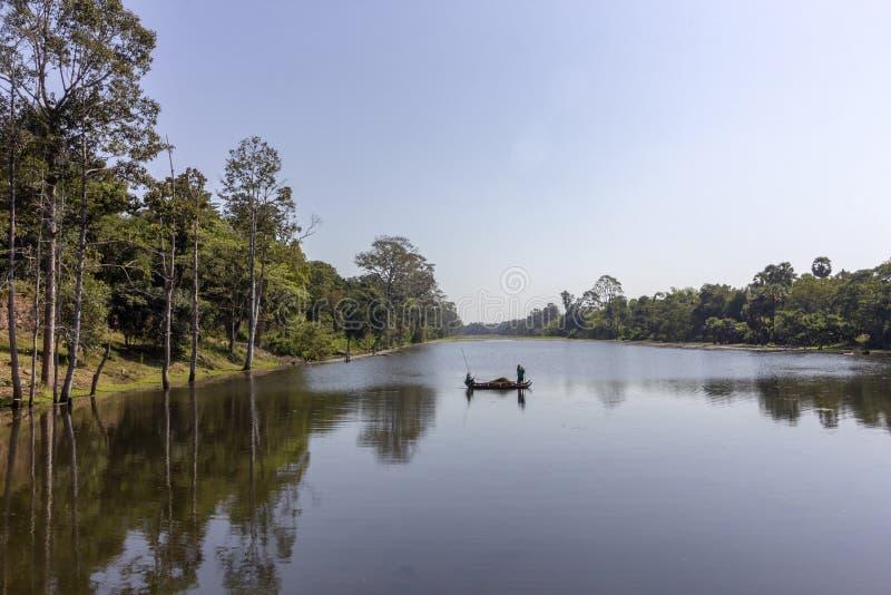 Angkor Thom vattenkanal, den sista och mest bestående huvudstaden av en khmervälden, UNESCOarvplats, historiska Angkor royaltyfri bild