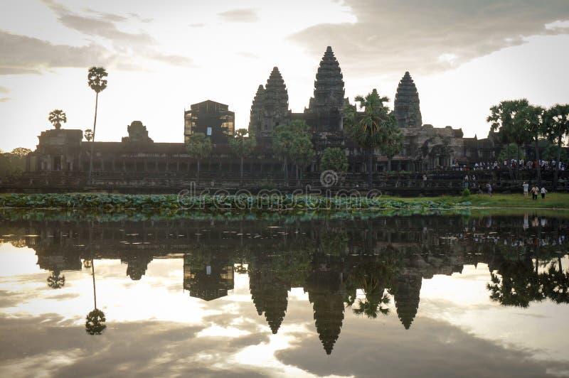 Angkor Vat est un site de Herutage du monde de l'UNESCO depuis 1992 Célèbre pour lui procédé de construction du ` s et peintures  photo stock
