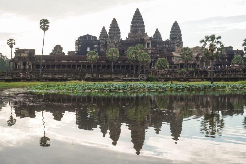 Angkor Vat est un site de Herutage du monde de l'UNESCO depuis 1992 Célèbre pour lui procédé de construction du ` s et peintures  photos stock