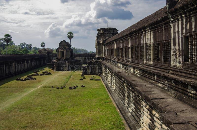 Angkor Vat - temple de Khmer dans la province de Siem Reap, Cambodge, sud photographie stock libre de droits