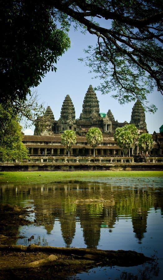 Angkor Wat με τις αντανακλάσεις στοκ εικόνα