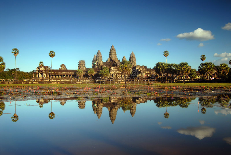 Angkor Wat all'indicatore luminoso di pomeriggio fotografie stock
