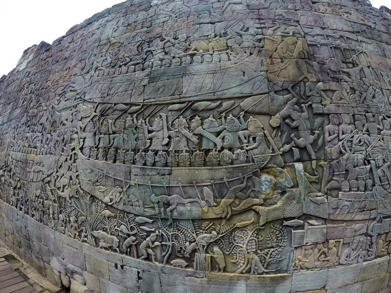 Angkor Wat cinzelou a ruína das imagens da parede fotos de stock