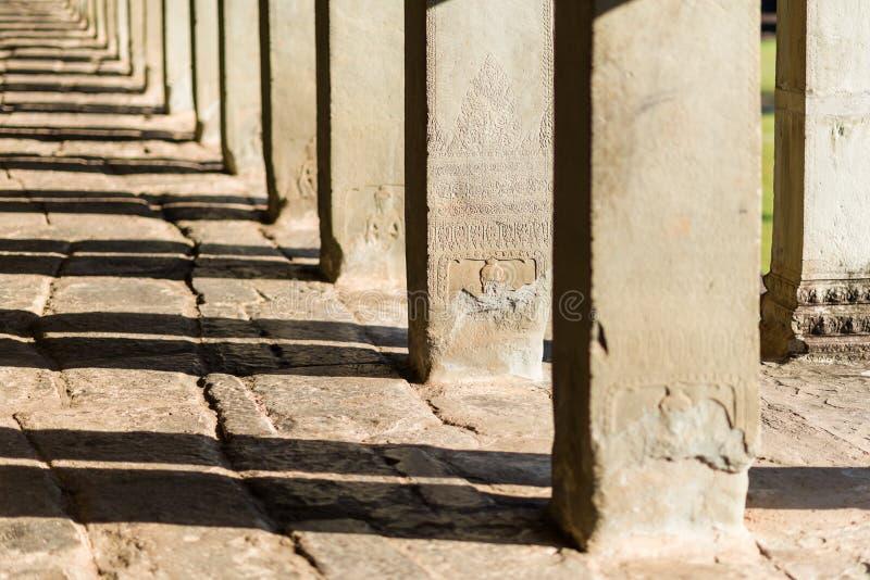 Angkor Wat Steinsäulen stockbild