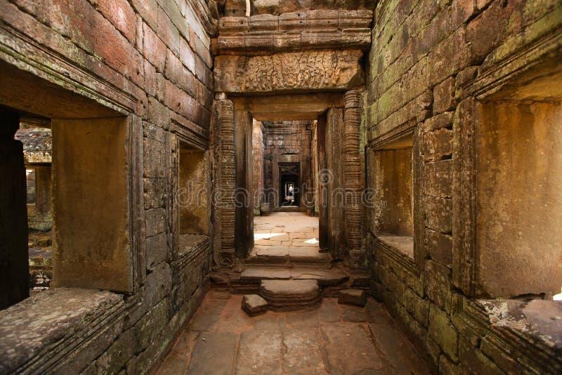 Angkor Wat tempel inom korridorväggar, Cambodja arkivfoto