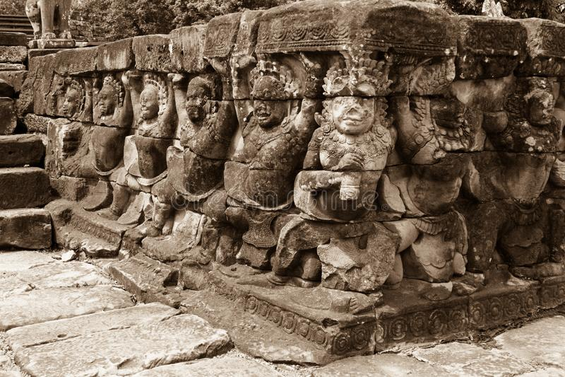 Angkor Wat Temple, detalhe de caras e corpos foto de stock royalty free