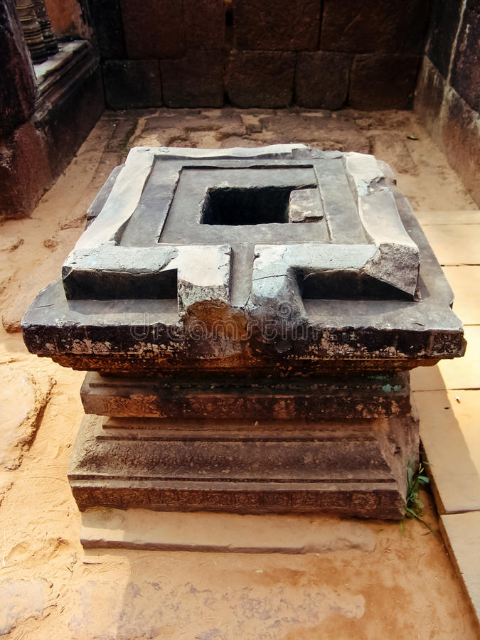 Angkor Wat - templo de Banteay Srei, Shakti Yoni imagenes de archivo