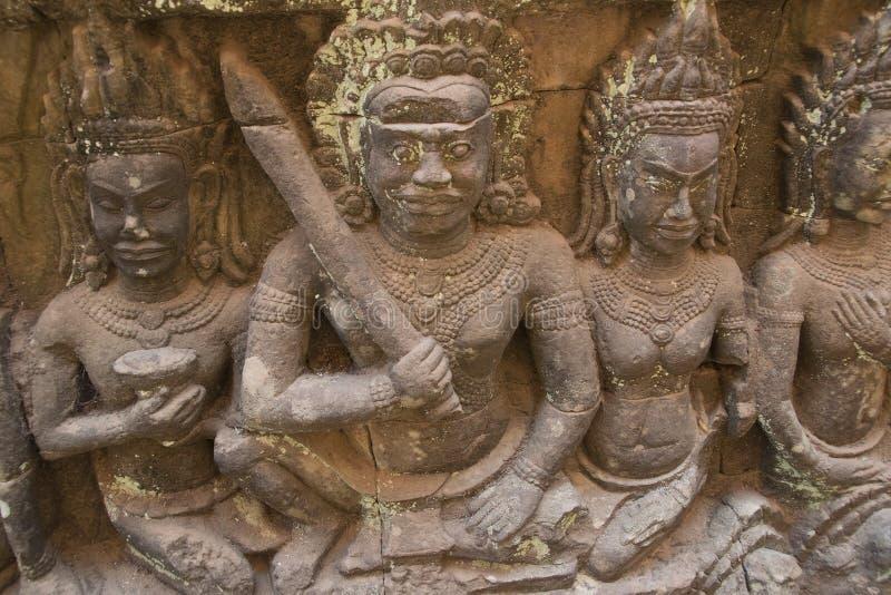 Angkor watt - tempel för Ta Prohm fördärva väggar av en khmerstaden av Angkor Wat - statlig monument royaltyfria bilder