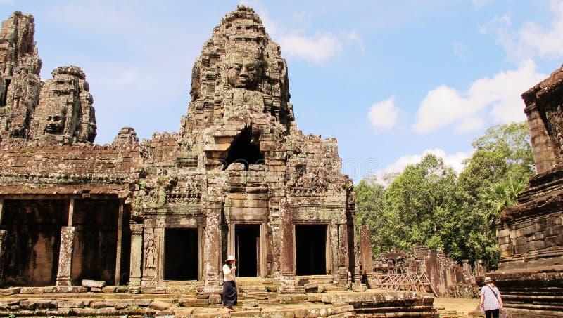 angkorbayoncambodia tempel arkivfoton