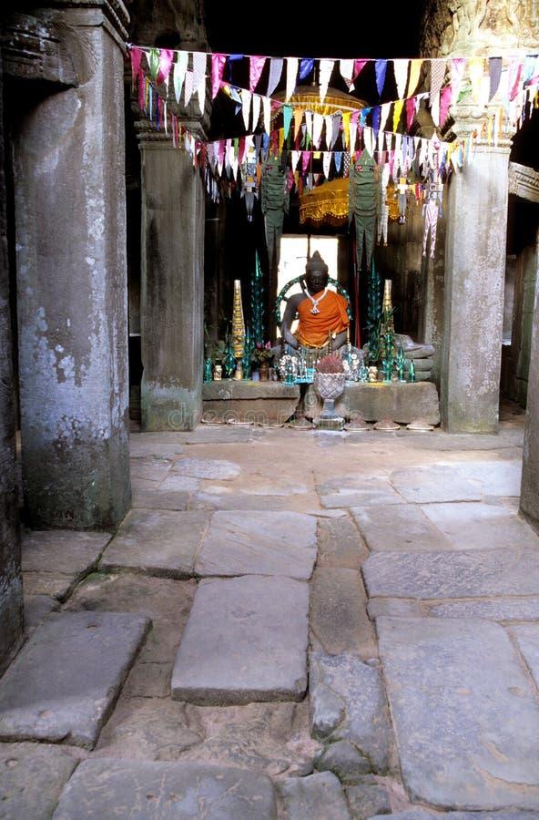angkoren buddistiska cambodia fördärvar statywat arkivfoton