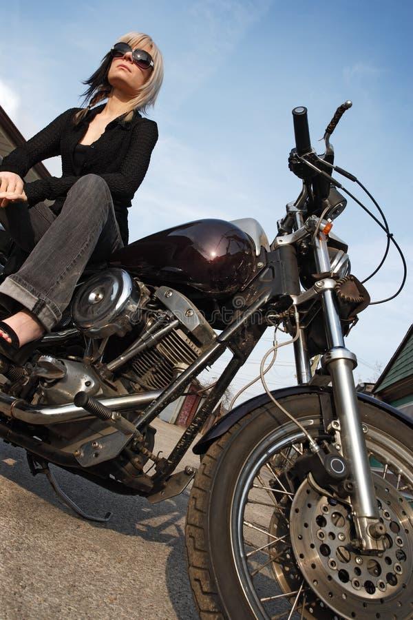 Angle de fille de moto image libre de droits