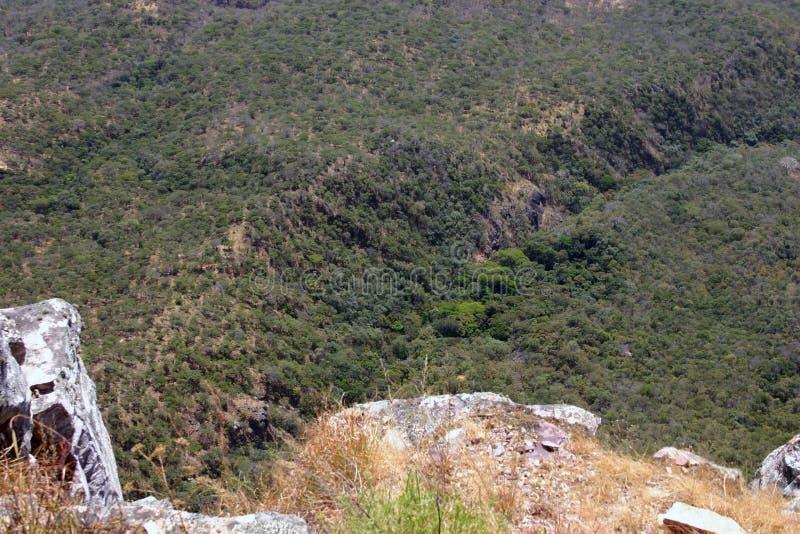 Download Angola krajobrazy zdjęcie stock. Obraz złożonej z suchy - 53786708