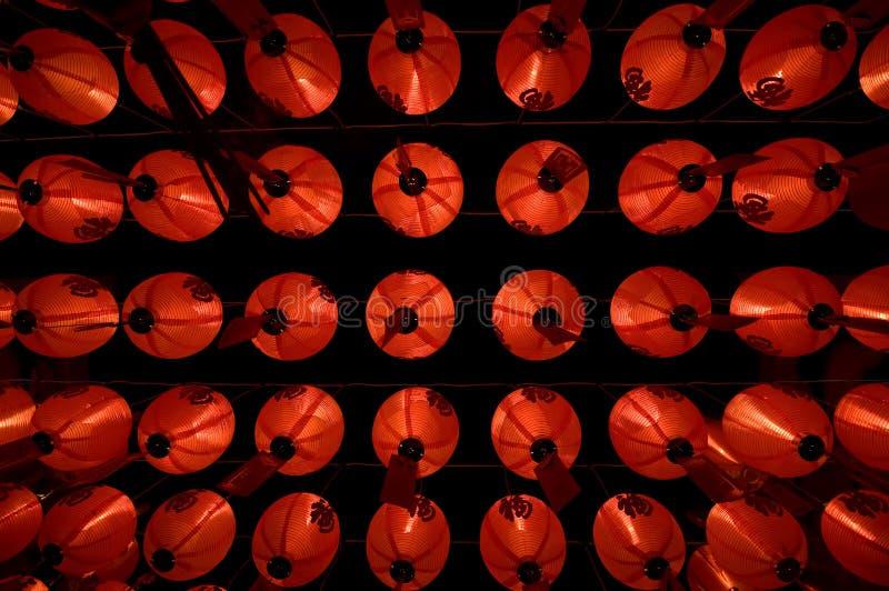 Angolo basso cinese della lanterna di carta immagine stock libera da diritti