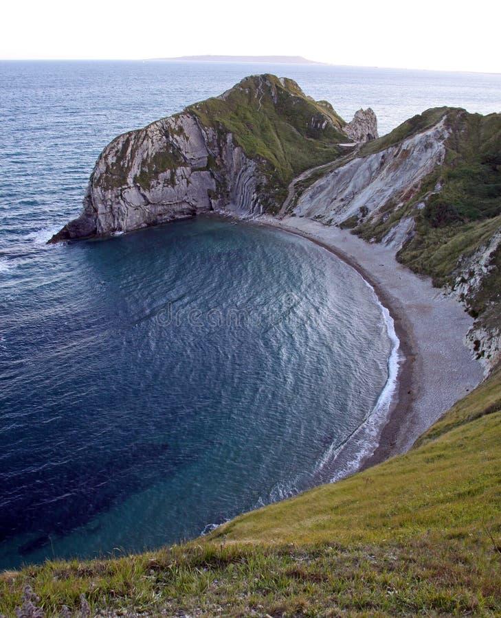 Angra de Lulworth na costa jurássico fotografia de stock royalty free