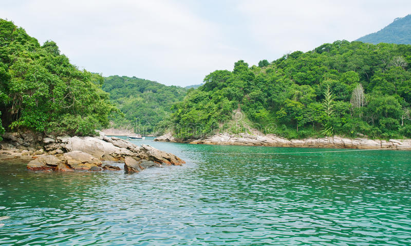 Angra dos的Reis蓝色盐水湖。 里约热内卢 免版税库存照片