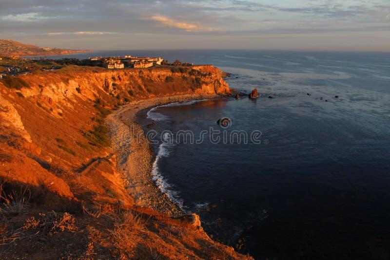 Angra em Palos Verdes Peninsula, Los Angeles do pelicano, Califórnia foto de stock royalty free