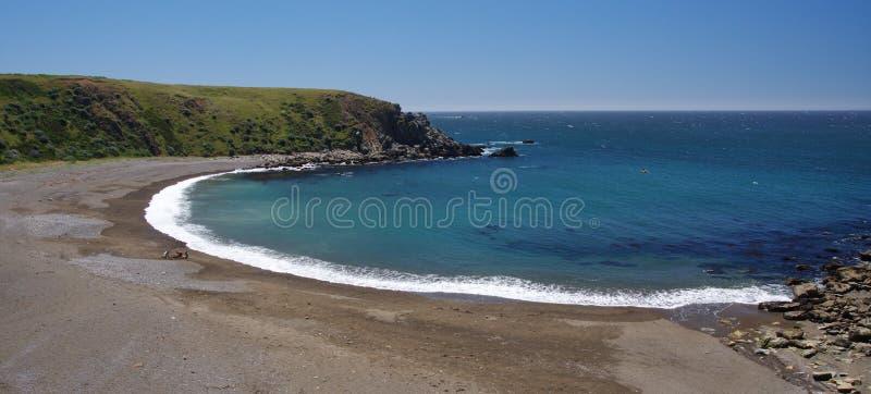 Angra no forte Ross, Costa do Pacífico de Califórnia foto de stock royalty free