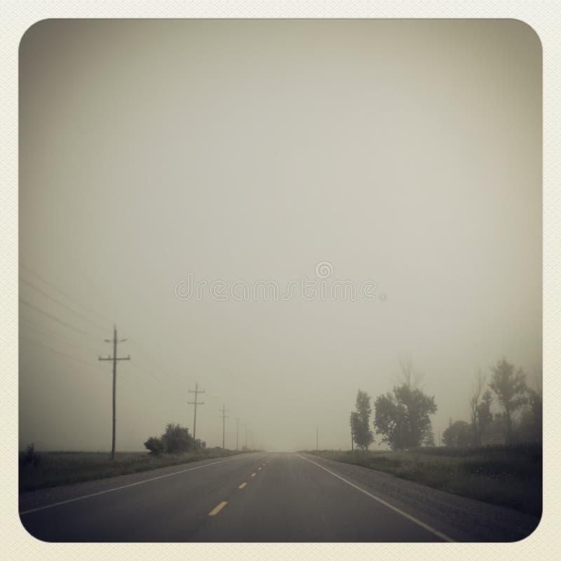 Angstaanjagende weg stock fotografie