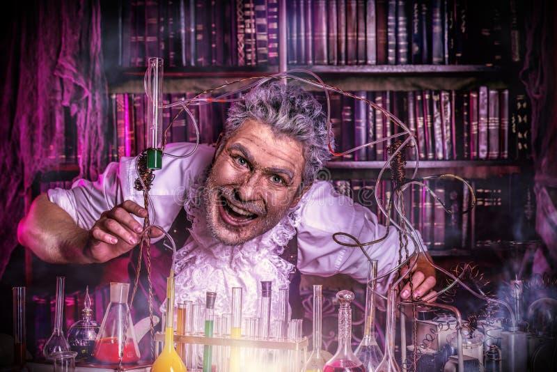 Angstaanjagende wetenschapper royalty-vrije stock fotografie