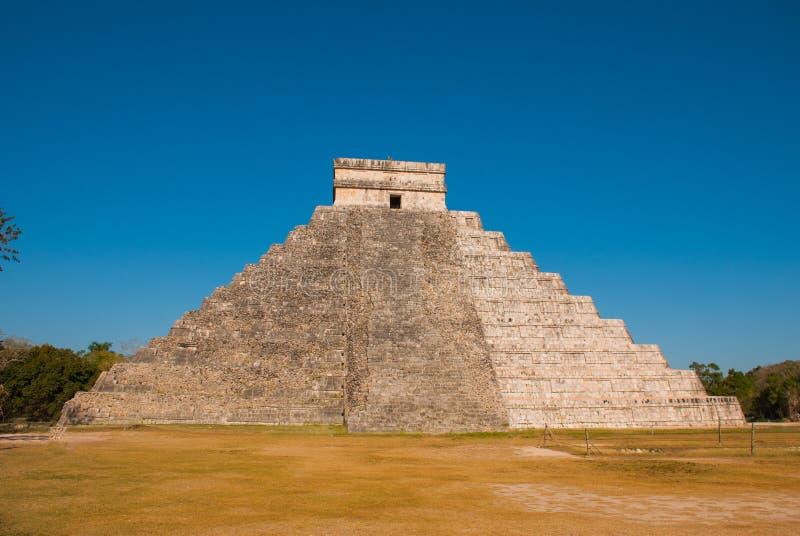 Anicent-Maya-Mayapyramide El Castillo Kukulkan in Chichen-Itza, Mexiko stockfoto