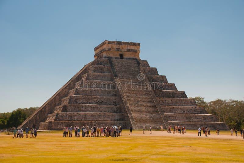 Anicent-Maya-Mayapyramide El Castillo Kukulkan in Chichen-Itza, Mexiko stockfotografie