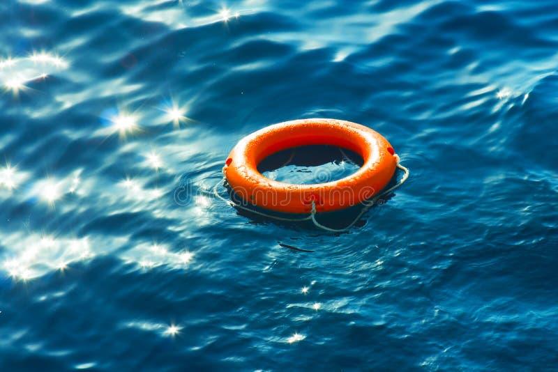 Anillo-boya en el mar fotografía de archivo libre de regalías
