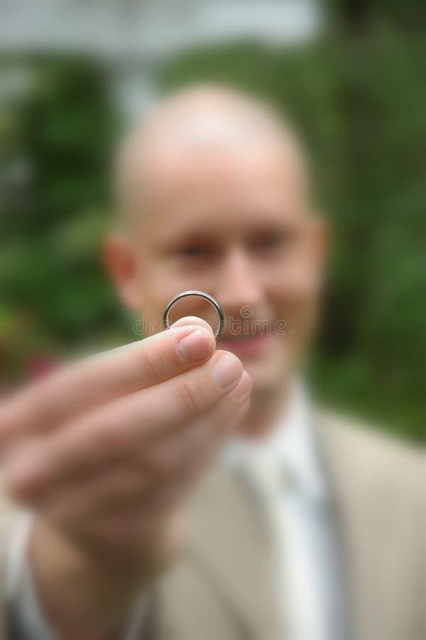 anillo de bodas fotos de archivo