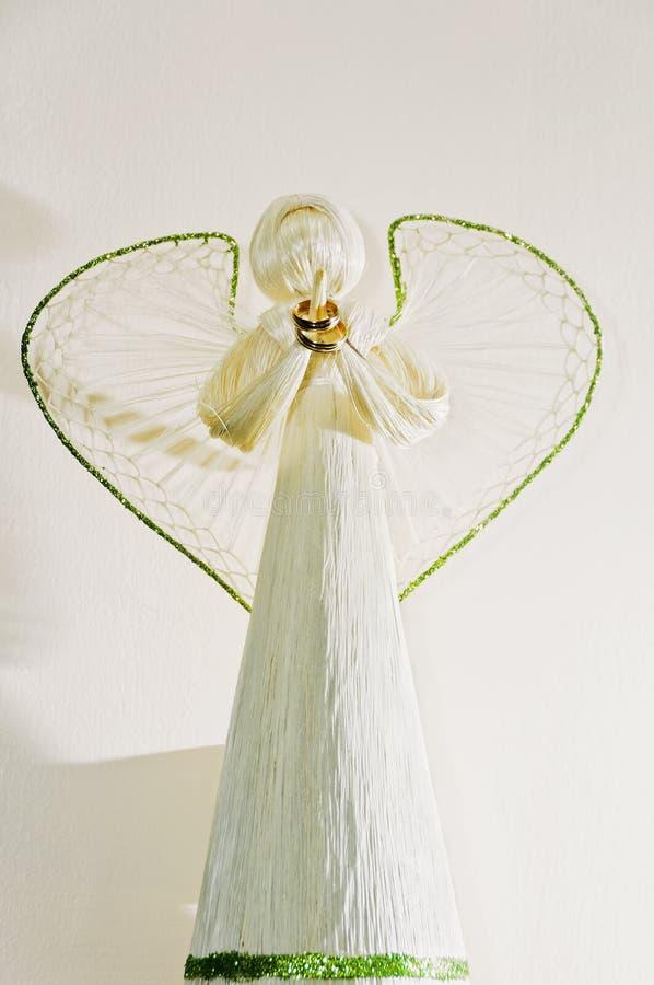 Anillo de bodas de la explotación agrícola del ángel foto de archivo libre de regalías