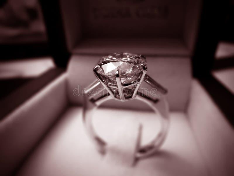 Anillo de diamante imágenes de archivo libres de regalías
