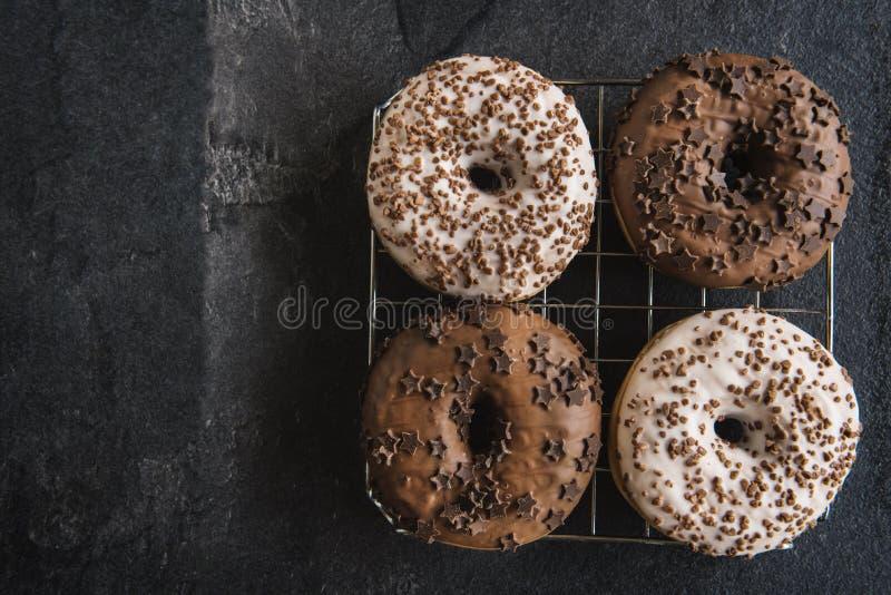 Anillos de espuma del chocolate imagen de archivo libre de regalías