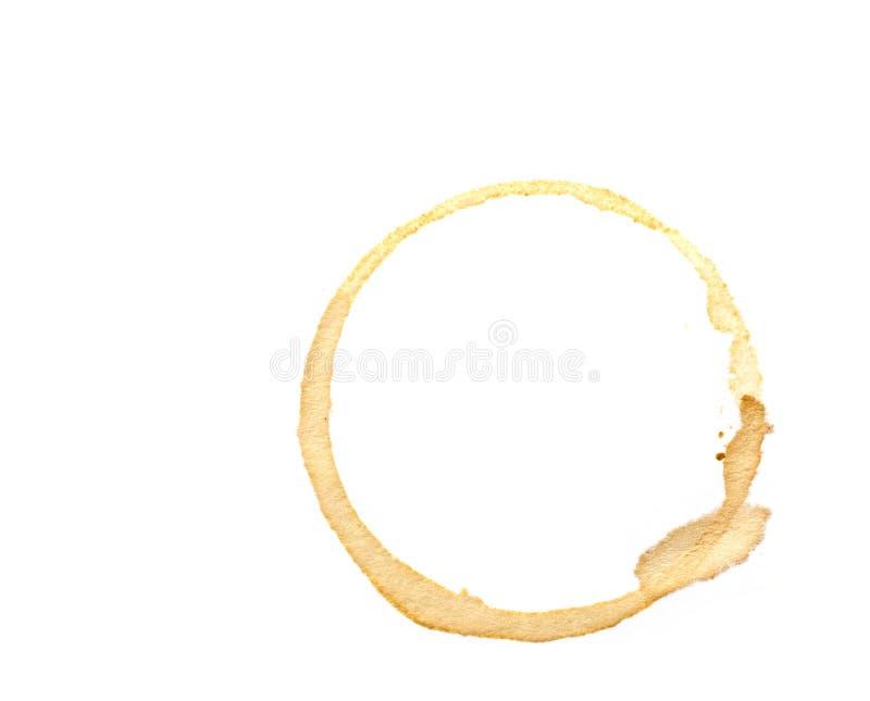 Anillos de la taza de café aislados en un fondo blanco fotos de archivo libres de regalías