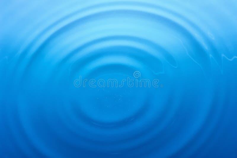 Anillos en el agua fotos de archivo libres de regalías
