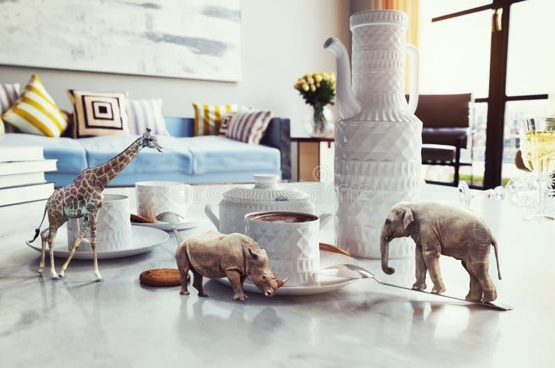 Animais africanos na mesa de centro ilustração stock