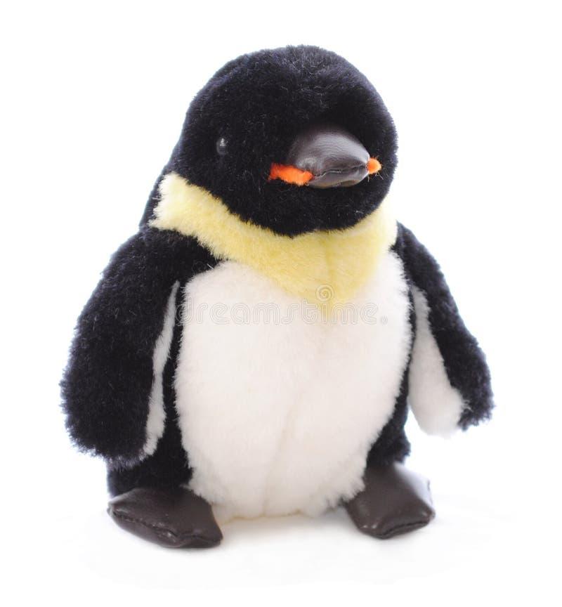Animal enchido isolado do pinguim fotografia de stock