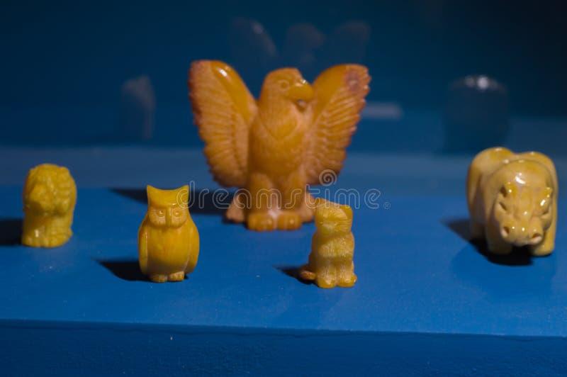 Animales del tótem ambarino imagen de archivo libre de regalías