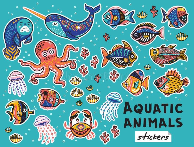 Animali acquatici decorativi e pesci messi Toppe puerili di vettore variopinto royalty illustrazione gratis