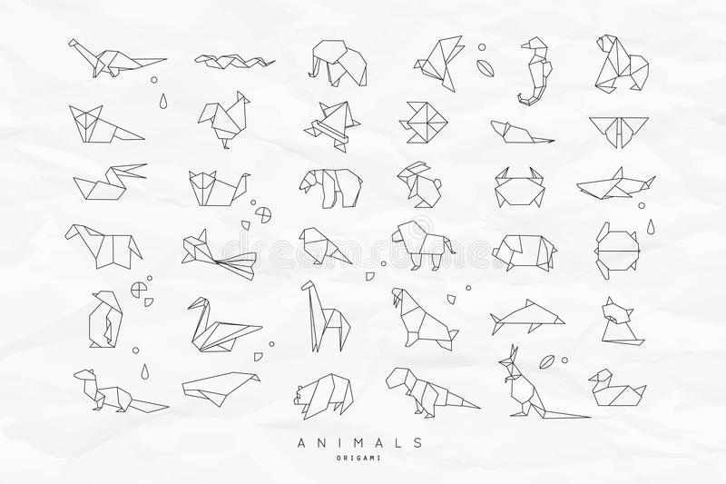 Animals flat origami set crumpled. Set of animals white in flat style origami snake, elephant, bird, seahorse, frog, fox, mouse, butterfly, pelican, wolf, bear vector illustration