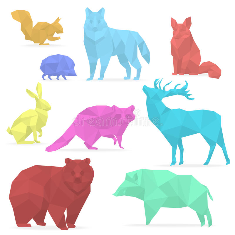 Animals low poly. Origami paper animals. wolf bear deer wild boar fox raccoon rabbit hedgehog. vector illustration