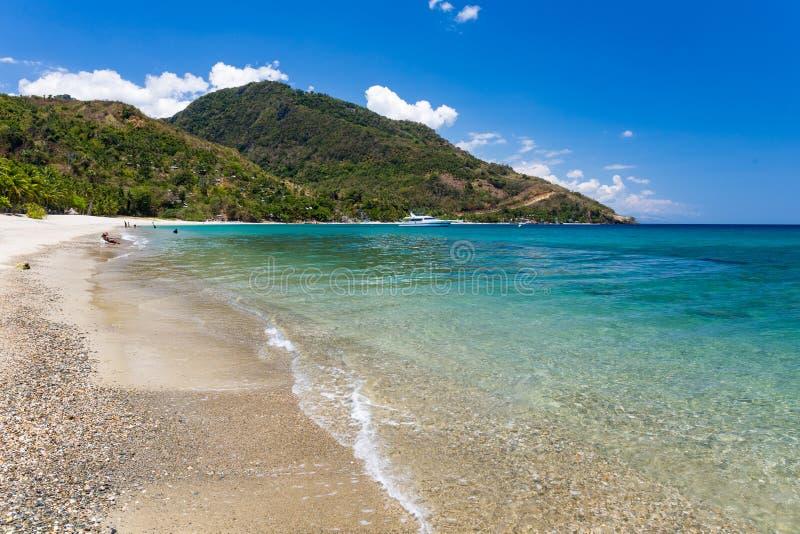 Aninuan strand, Puerto Galera, orientaliska Mindoro i Filippinerna, landskapsikt arkivfoton