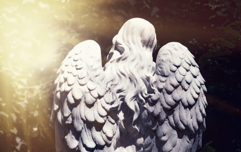 Anioł śmierć jako symbol końcówka życie starożytna posąg zdjęcia royalty free
