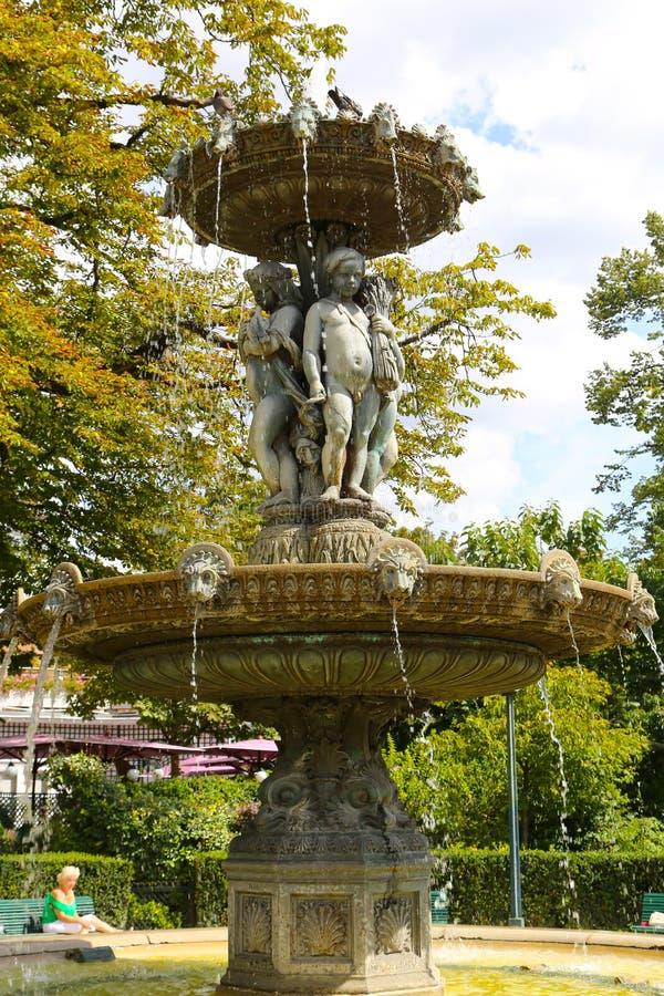 Anioł fontanna - Paryż obraz stock