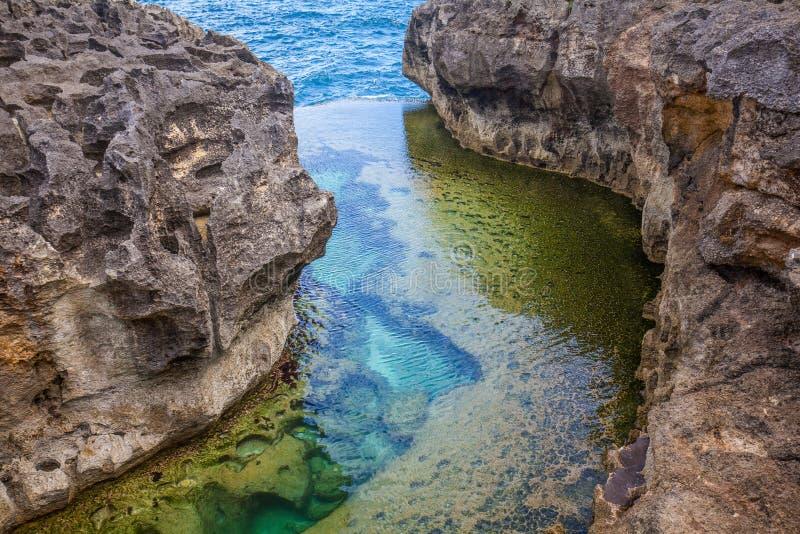 Anioła ` s Billabong plaża naturalny basen na wyspie Nusa Penida zdjęcia royalty free