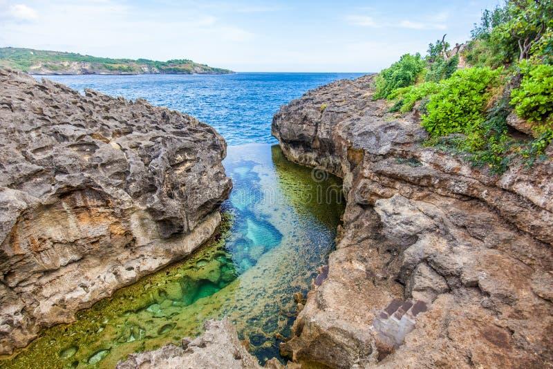 Anioła ` s Billabong plaża naturalny basen na wyspie Nusa Penida obraz stock