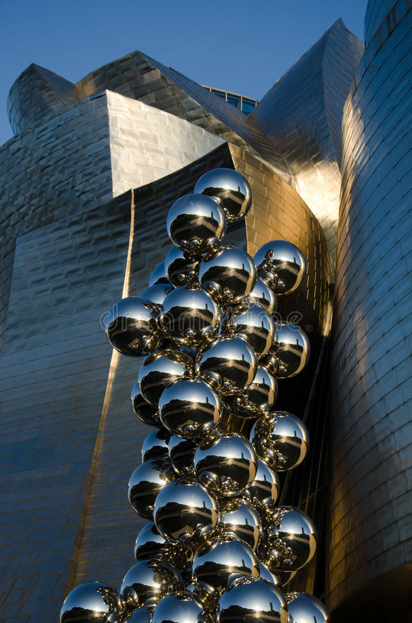 Download Anish Kapoor editorial stock photo. Image of gehry, architecture - 32171918